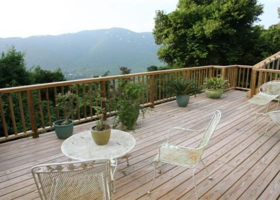 bordeaux mountain home