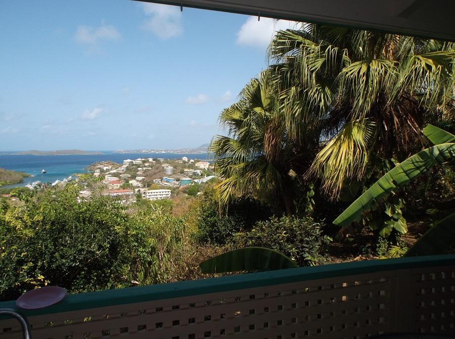cruz views condominium