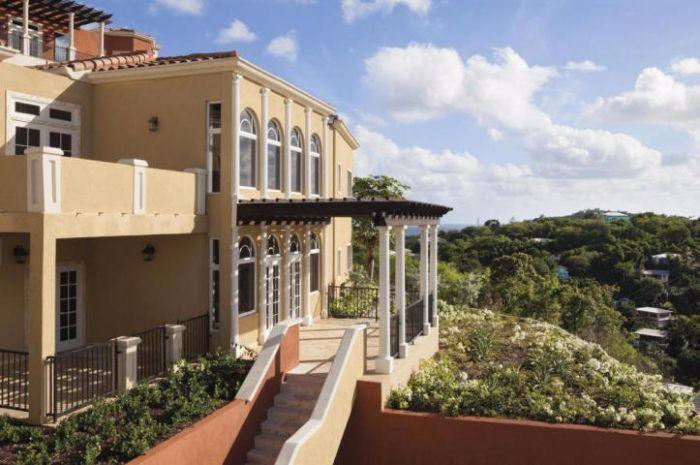 $990,000 Villa Lucca