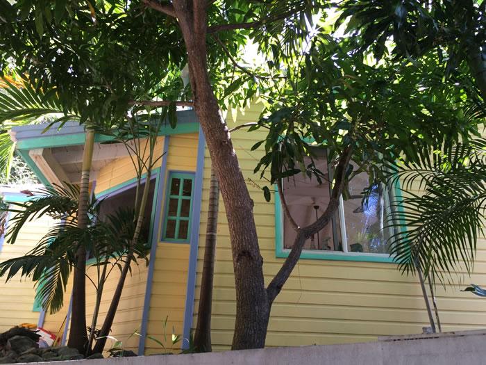 Coral Bay Cottage 398K