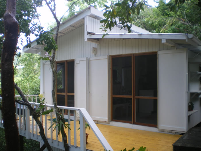 Coral Bay cottage